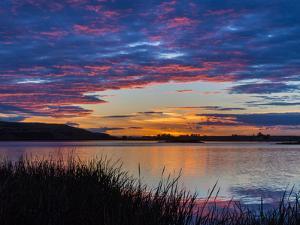USA, Washington. Sunset on Scooteney Reservoir by Don Paulson