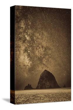 Sparkling Skies Over HaystacK by Don Schwartz