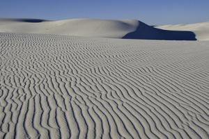 White Sands National Monument by Donovan Reese