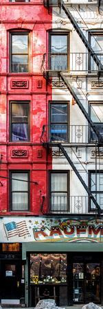 https://imgc.allpostersimages.com/img/posters/door-posters-old-red-and-white-facade-in-times-square-manhattan-new-york-usa_u-L-PZ59850.jpg?p=0
