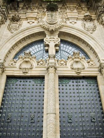 https://imgc.allpostersimages.com/img/posters/doors-on-the-front-of-santiago-cathedral-galicia-spain_u-L-P2QYR20.jpg?p=0