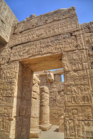 https://imgc.allpostersimages.com/img/posters/doorway-in-the-temple-of-khonsu-karnak-temple-luxor-thebes-egypt-north-africa-africa_u-L-PWFMZU0.jpg?p=0