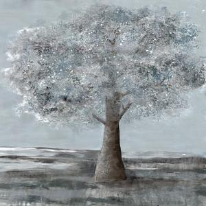 Solitary Beauty 2 by Doris Charest