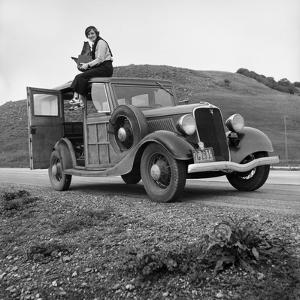 Dorothea Lange, Portrait of the Photographer