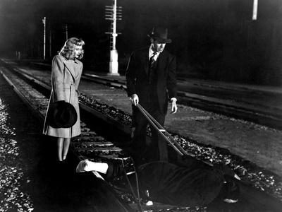 https://imgc.allpostersimages.com/img/posters/double-indemnity-barbara-stanwyck-fred-macmurray-1944_u-L-PH48SE0.jpg?artPerspective=n