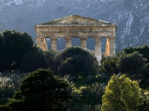 Ruined Greek Doric Temple by Doug McKinlay