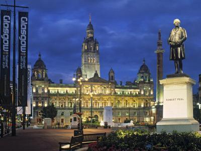 City Chambers, George Sq. Glasgow, Scotland by Doug Pearson