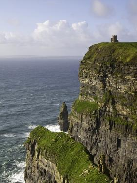Cliffs of Moher by Doug Pearson