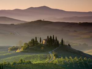 Farmhouse, Val D' Orcia, Tuscany, Italy by Doug Pearson