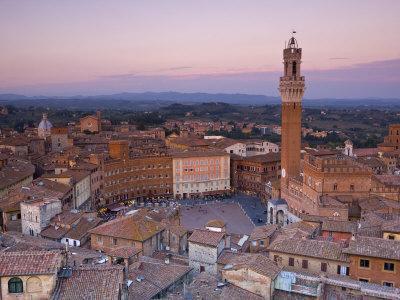 Palazzo Publico and Piazza Del Campo, Siena, Tuscany, Italy