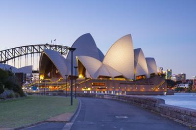Sydney Opera House & Harbour Bridge, Darling Harbour, Sydney, New South Wales, Australia by Doug Pearson