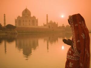 Taj Mahal, Agra, Uttar Pradesh, India by Doug Pearson