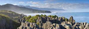 The Coast at Punakaiki, West Coast, South Island, New Zealand by Doug Pearson