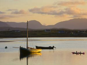 Traditional Galway Hooker, Roundstone Harbour, Connemara, Co, Galway, Ireland by Doug Pearson