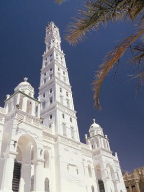 Al Mindhar Mosque, Tarim, Yemen, Middle East by Doug Traverso
