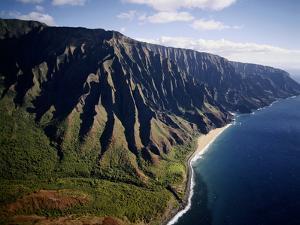 Hawaii Islands, Kauai, Na Pali Coast, View of Kalalau Valley by Douglas Peebles