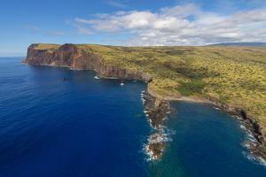 Kaholo Pali, Kaunolu, Island of Lanai, Hawaii by Douglas Peebles