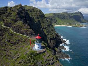 Makapuu Lighthouse, Oahu, Hawaii by Douglas Peebles