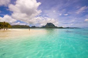Motu Tevairoa, Bora Bora, French Polynesia by Douglas Peebles