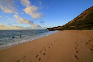 Sunrise, Sandy Beach Park, Kai, Oahu, Hawaii by Douglas Peebles