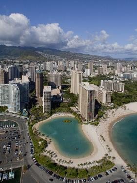 Waikiki, Honolulu, Oahu, Hawaii, Usa by Douglas Peebles