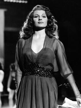 DOWN TO EARTH, 1947 directed by ALEXANDER HALL Rita Hayworth (b/w photo)