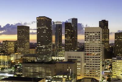 https://imgc.allpostersimages.com/img/posters/downtown-city-skyline-houston-texas-united-states-of-america-north-america_u-L-PQ8O6B0.jpg?p=0
