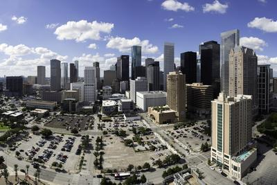 https://imgc.allpostersimages.com/img/posters/downtown-city-skyline-houston-texas-united-states-of-america-north-america_u-L-PQ8O6Z0.jpg?p=0