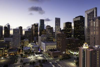 https://imgc.allpostersimages.com/img/posters/downtown-city-skyline-houston-texas-united-states-of-america-north-america_u-L-PQ8OUZ0.jpg?p=0
