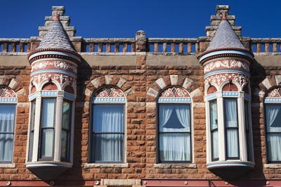 https://imgc.allpostersimages.com/img/posters/downtown-historic-buildings-guthrie-oklahoma-usa_u-L-PN6XE30.jpg?p=0