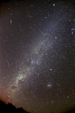 Leonid Meteors by Dr. Fred Espenak