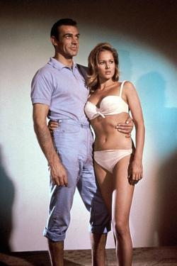 Dr No 1962 Directed by Terence Young Sean Connery / Ursula Andress
