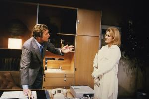 DRESSED TO KILL, 1980 directed by BRIAN by PALMA Michael Caine / Angie Dickinson (photo)