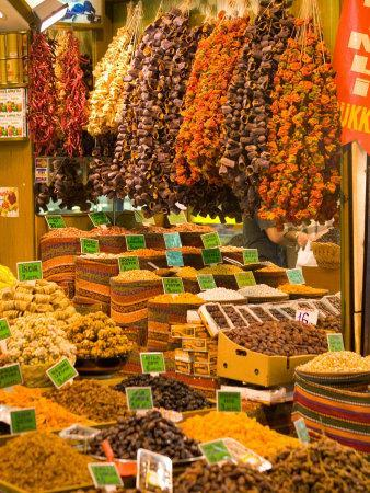https://imgc.allpostersimages.com/img/posters/dried-fruit-and-spices-for-sale-spice-market-istanbul-turkey_u-L-P2441O0.jpg?p=0