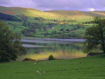 Bala Lake, Snowdonia National Park, Wales, UK, Europe