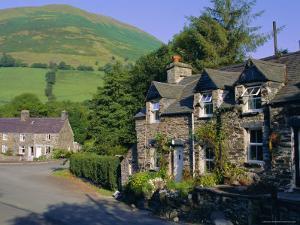 Hamlet of Aber Cywarch, Snowdonia National Park, Gwynedd, Wales, UK, Europe by Duncan Maxwell