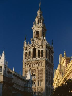 The Giralda, Sevilla, Spain by Duncan Maxwell
