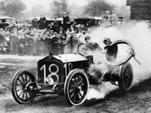 Duray Driving a De Dietrich in the Vanderbilt Cup, Long Island, NY, USA, 1906