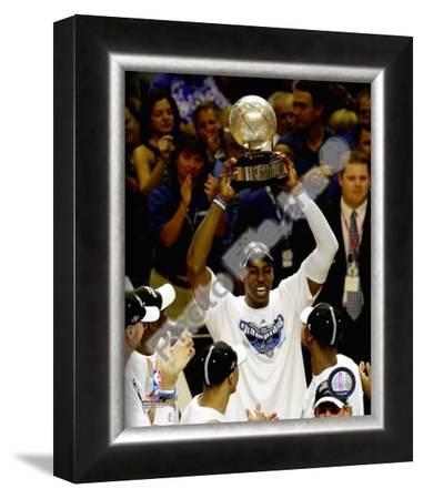 Dwight Howard - 2009 East. Conf. Trophy