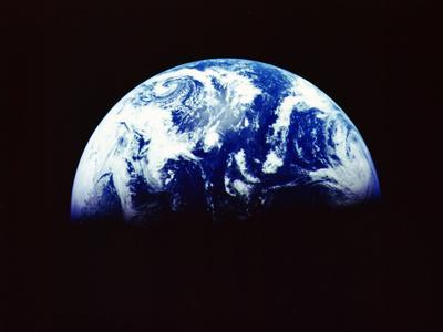 https://imgc.allpostersimages.com/img/posters/earth-from-space-december-1992_u-L-Q10LWAN0.jpg?artPerspective=n