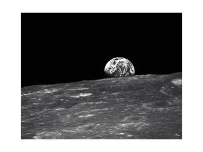 https://imgc.allpostersimages.com/img/posters/earth-from-the-moon_u-L-PK0JLJ0.jpg?artPerspective=n