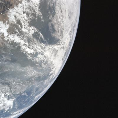 https://imgc.allpostersimages.com/img/posters/earth-s-atmosphere_u-L-F9IF1E0.jpg?artPerspective=n