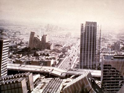 https://imgc.allpostersimages.com/img/posters/earthquake-1974_u-L-PH5QGA0.jpg?artPerspective=n