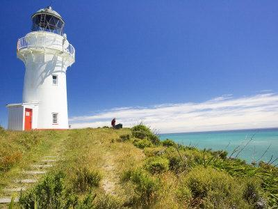 https://imgc.allpostersimages.com/img/posters/east-cape-lighthouse-eastland-new-zealand_u-L-P2T9MY0.jpg?artPerspective=n