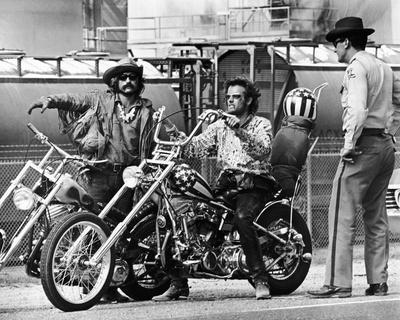 https://imgc.allpostersimages.com/img/posters/easy-rider-1969_u-L-PJSOVJ0.jpg?artPerspective=n