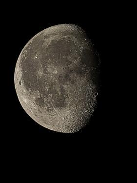 Waning Gibbous Moon by Eckhard Slawik