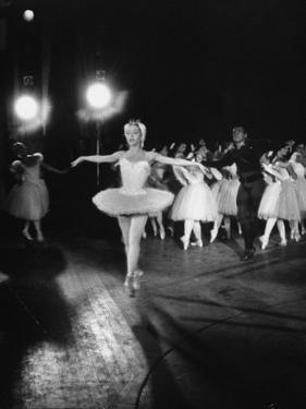 """Ballerina Maria Tallchief Appearing in """"Swan Lake"""" with Andre Eglevsky by Ed Clark"""