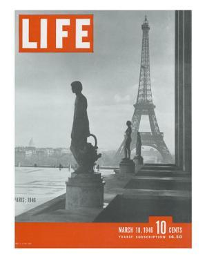Paris, Statues with Eiffel Tower, March 18, 1946 by Ed Clark