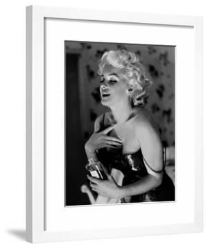 Marilyn Monroe, Chanel No.5 by Ed Feingersh