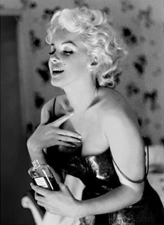 Marilyn Monroe, Chanel No. 5 by Ed Feingersh
